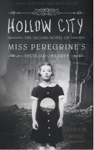 Miss peregrine's peculiar children t.2 ; hollow city